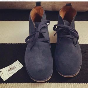 Kids blue suede lace up boots